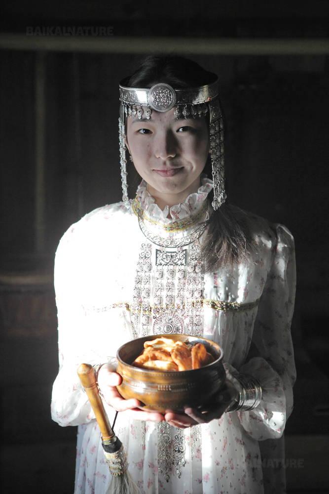 Якутский традиционный праздничный наряд